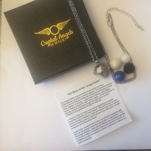 Silver Heart essential oil necklace gift set